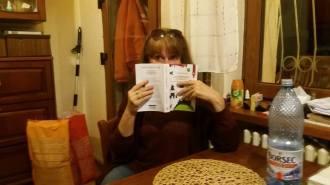 sarah-grant-w-book